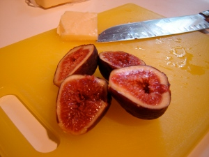 fig, cheddar, big honkin knife