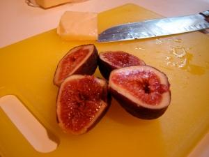 fig, cheddar, big honkin knife